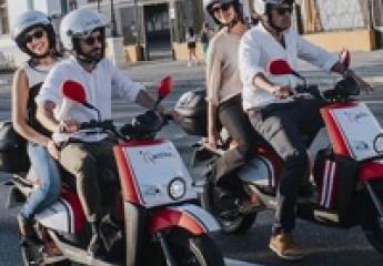 Acciona despliega 240 motos eléctricas compartidas en Sevilla