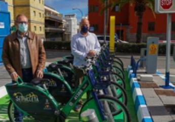 La bici eléctrica conquista la parte alta de Las Palmas de Gran Canaria y abre el paso al servicio de alquiler de 150 patinetas