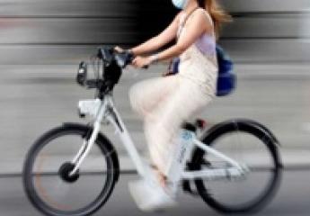 Las bicicletas vuelven a las calles empujadas por la pandemia con más de dos millones de ciclistas potenciales