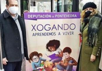 Los buses urbanos de Vitrasa en Vigo, con la campaña de juguetes no sexistas de Pontevedra