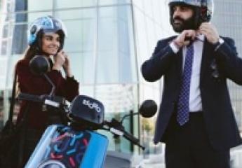 Cabify integra las motos y los patinetes eléctricos de MOVO en su aplicación
