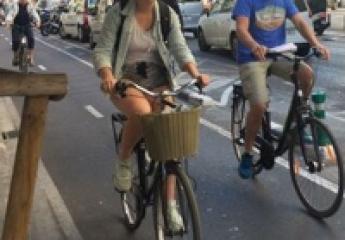 Dos años del anillo ciclista de València: el uso de bicis y patinetes se dispara y el de coches baja por la ronda interior