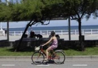 Gijón prohibirá que los patinetes eléctricos circulen por los carriles bici