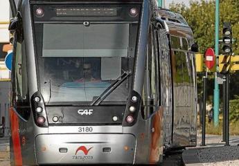 La nota que dan los usuarios al tranvía de Zaragoza sigue subiendo