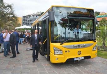 Las Palmas de Gran Canaria: Guaguas renueva su flota con tres nuevos vehículos híbridos