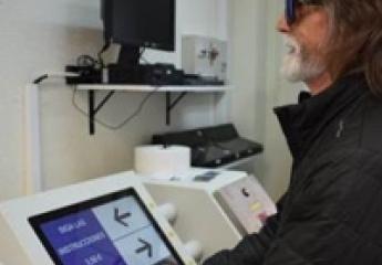 Metrovalencia estrena máquinas de venta de billetes plenamente accesibles