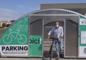 Pamplona duplica las plazas de su red pública de aparcamientos para bicicleta