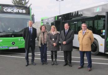 El autobús urbano de Cáceres se refuerza con dos nuevos vehículos