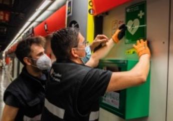 TMB instalará desfibriladores automáticos en todas las estaciones de la red del metro de Barcelona