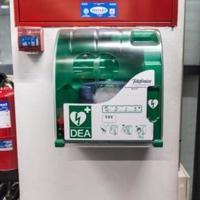 FGV instalará 56 desfibriladores en las estaciones del metro de València