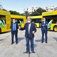 Guaguas renueva su flota en Las Palmas de Gran Canaria con diez vehículos híbridos