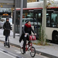 La nueva movilidad pasa por integrar el transporte público y el compartido