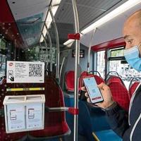 TMB implantará el pago con tarjeta bancaria en los buses de Barcelona